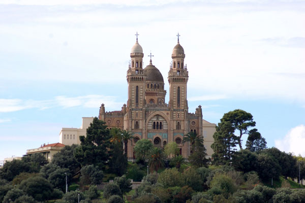 photos de la cathedrale de la ville de Annaba